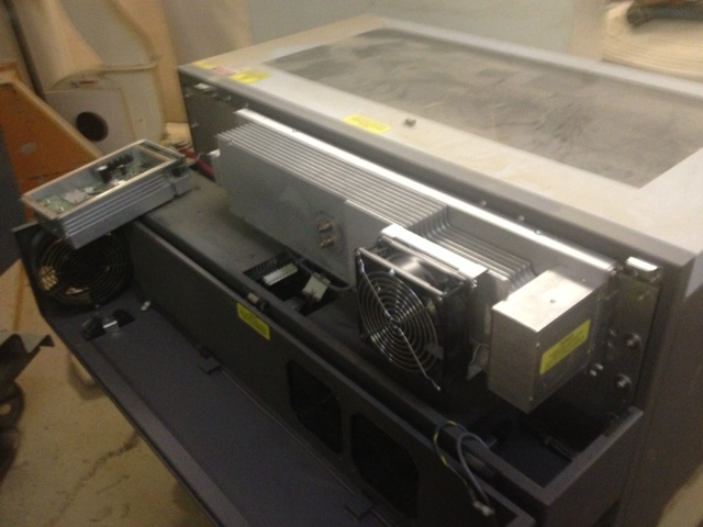 Universal Laser M300 with ULS-25 CO2 laser engraver cutter