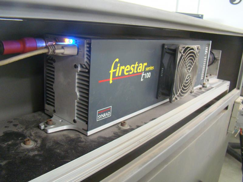 Synrad RF Laser Model T100 with High Beam Quality Mode